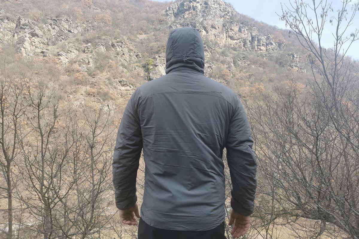 Panthiras Jacket hood back