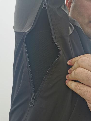 Zip vents under arms